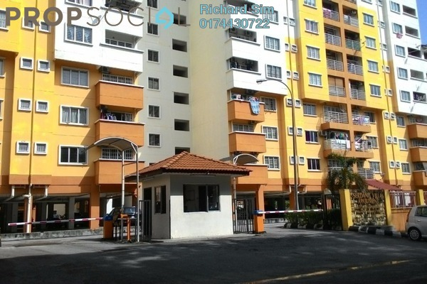 For Rent Apartment at Serdang Villa Apartment, Seri Kembangan Freehold Semi Furnished 3R/2B 1.2k