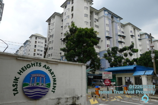For Sale Condominium at Tasik Heights Apartment, Bandar Tasik Selatan Leasehold Semi Furnished 3R/2B 320k