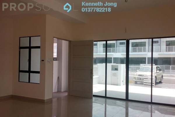 For Rent Terrace at Lakeside Residences, Puchong Leasehold Semi Furnished 4R/4B 2.5k