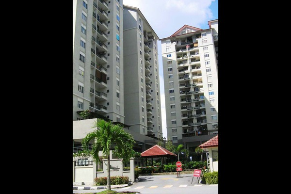 For Rent Condominium at Mentari Condominium, Bandar Sri Permaisuri Leasehold Unfurnished 3R/2B 1.5千