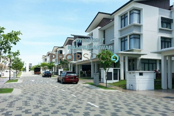 For Sale Semi-Detached at Aman Heights, Seri Kembangan Freehold Semi Furnished 6R/6B 1.68m