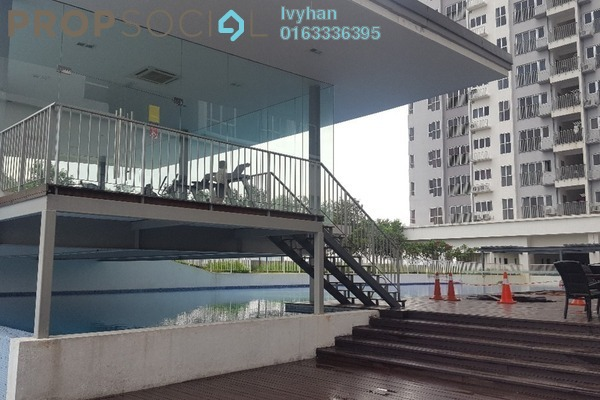 For Sale Serviced Residence at The Wharf, Puchong Leasehold Semi Furnished 2R/2B 415k