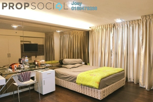 For Sale SoHo/Studio at Subang SoHo, Subang Jaya Freehold Fully Furnished 1R/1B 470k