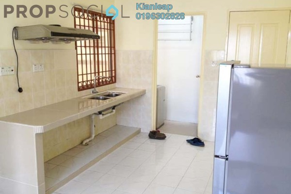 For Rent Apartment at Vista Impiana Apartment, Seri Kembangan Leasehold Semi Furnished 1R/1B 1k