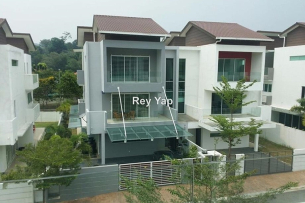 For Sale Link at Laman Bayu, Kota Damansara Leasehold Semi Furnished 6R/5B 1.58m