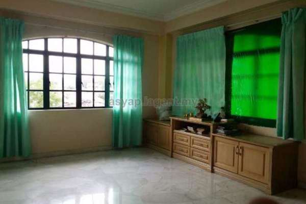 For Rent Bungalow at Taman Desa Jaya, Kepong Leasehold Semi Furnished 7R/6B 4.8k
