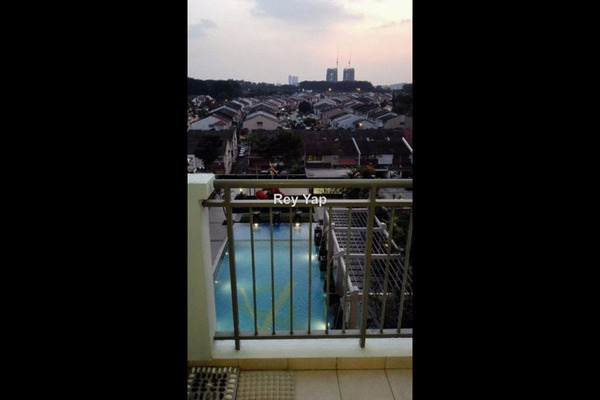 For Sale Condominium at Ken Damansara III, Petaling Jaya Leasehold Semi Furnished 3R/2B 850k