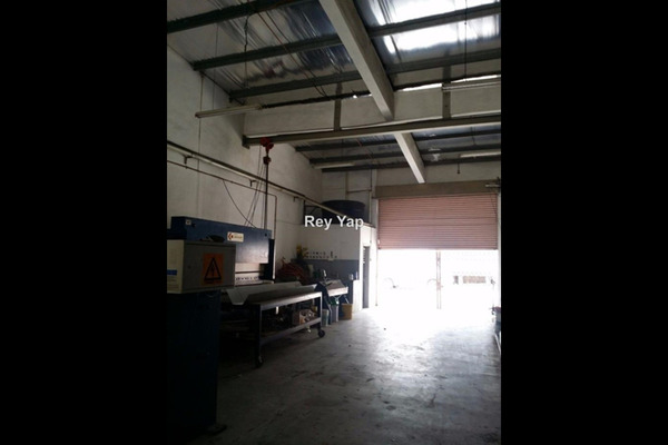 For Rent Factory at Taman Perindustrian KIP, Kepong Leasehold Semi Furnished 0R/3B 4k