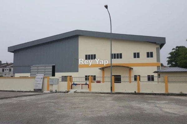 For Rent Factory at Seksyen BB11, Bukit Beruntung Leasehold Unfurnished 0R/0B 15k