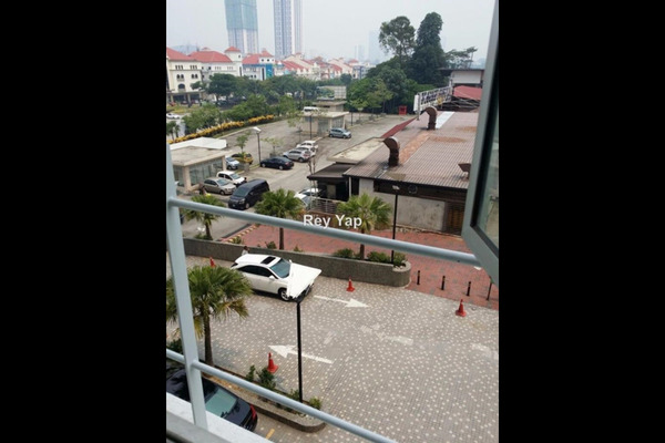 For Sale Office at Sunsuria Avenue, Kota Damansara Leasehold Unfurnished 0R/0B 620k