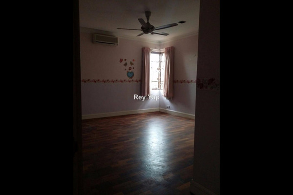 For Sale Semi-Detached at Tropicana Indah, Tropicana Leasehold Semi Furnished 5R/5B 2.5m