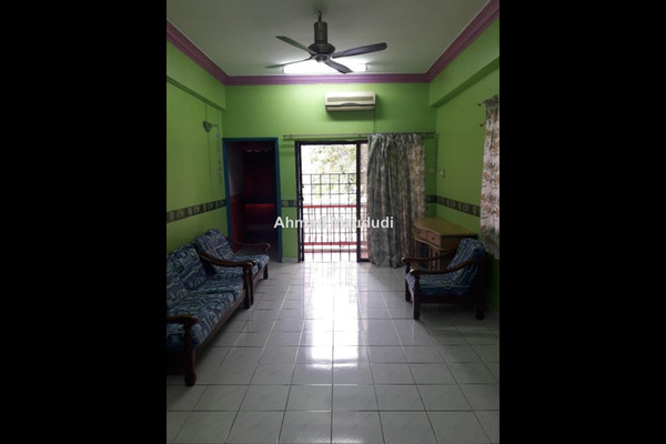 For Sale Apartment at Sri Manja Court, PJ South Leasehold Unfurnished 3R/2B 410k