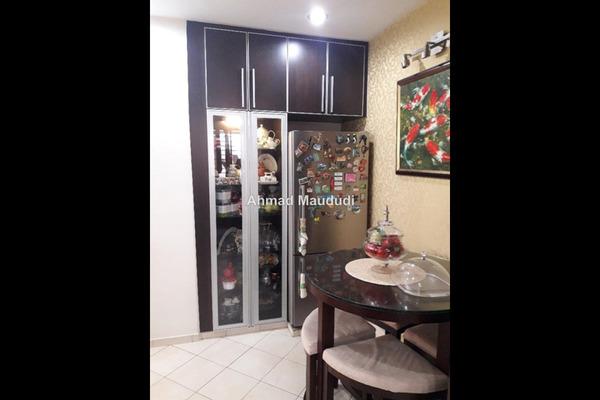 For Sale Apartment at D'Rimba, Kota Damansara Leasehold Semi Furnished 3R/2B 550k
