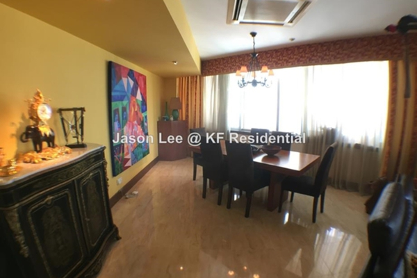 For Sale Condominium at Kirana Residence, KLCC Freehold Semi Furnished 1R/2B 2.3m