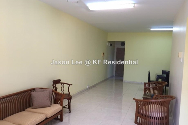 For Sale Condominium at Ketumbar Hill, Cheras Freehold Semi Furnished 4R/2B 580k