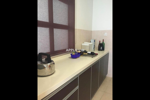 For Sale Condominium at Changkat View, Dutamas Freehold Semi Furnished 3R/2B 495k