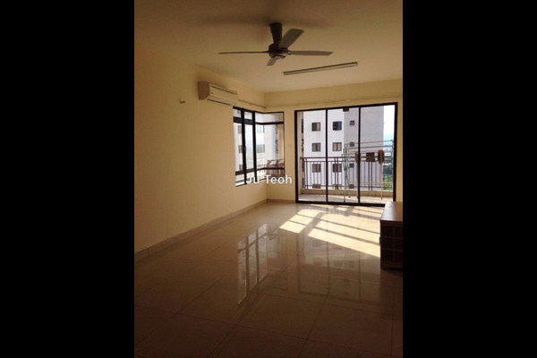 For Sale Condominium at Sri Putramas II, Dutamas Freehold Semi Furnished 3R/2B 490k