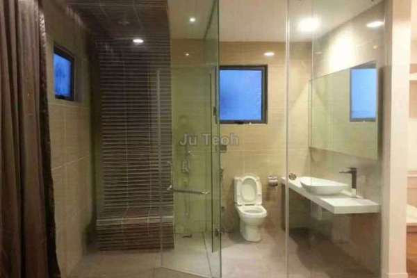 For Sale Condominium at Eve Suite, Ara Damansara Freehold Fully Furnished 1R/1B 530k
