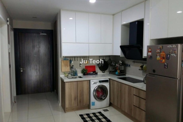 For Sale Condominium at Icon Residence (Mont Kiara), Dutamas Freehold Fully Furnished 2R/1B 1.05m