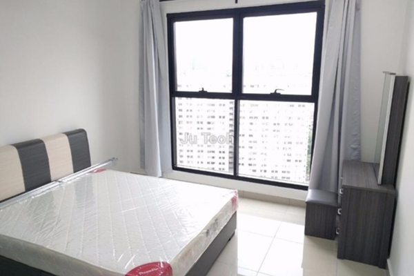 For Rent Serviced Residence at Glomac Centro, Bandar Utama Leasehold Fully Furnished 3R/2B 2k