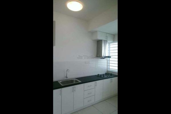 For Rent Condominium at Zenith Residences, Kelana Jaya Leasehold Semi Furnished 2R/2B 1.9k