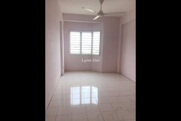 For Sale Apartment at Perdana Impian Apartment, Kajang Leasehold Unfurnished 3R/2B 205k