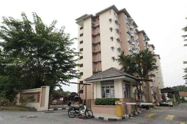 For Rent Apartment at Taman Sri Bahagia, Cheras South Leasehold Semi Furnished 3R/2B 950translationmissing:en.pricing.unit