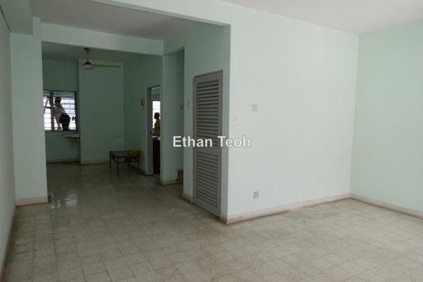 For Rent Terrace at Taman SEA, Petaling Jaya Freehold Semi Furnished 3R/3B 1.4k