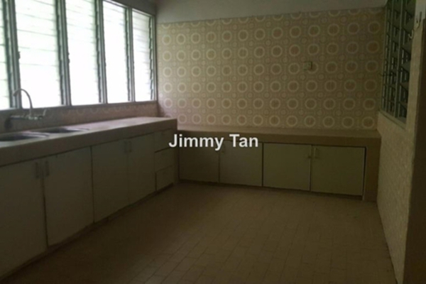 For Sale Terrace at Taman Shanghai, Old Klang Road Freehold Unfurnished 4R/2B 788k