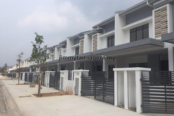 For Sale Terrace at Alpine @ M Residence 2, Rawang Leasehold Unfurnished 4R/3B 479k