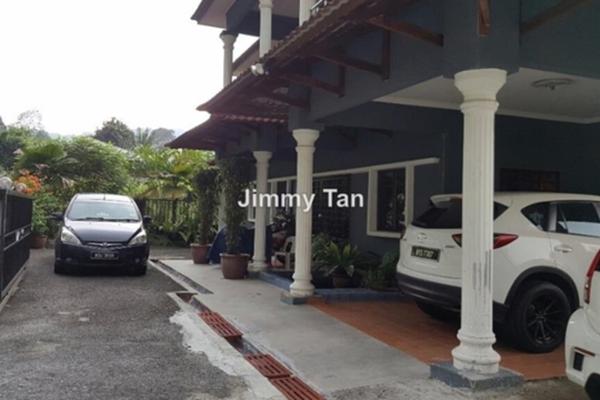 For Sale Bungalow at Kampung Sungai Penchala, Kuala Lumpur Freehold Semi Furnished 6R/4B 3.8m