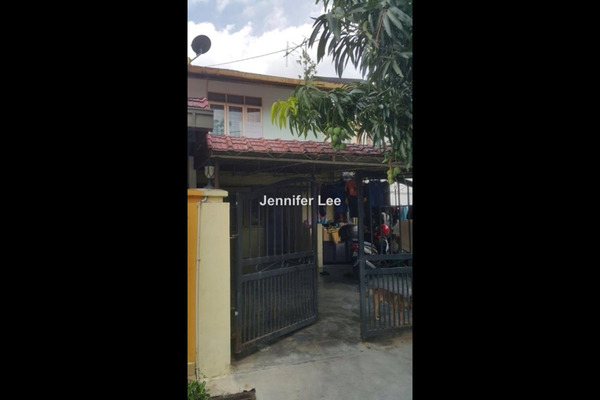 For Sale Terrace at Taman Puchong Perdana, Puchong Leasehold Fully Furnished 5R/3B 400k