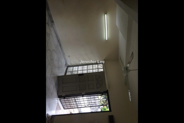 For Rent Terrace at SS5, Kelana Jaya Freehold Semi Furnished 4R/3B 1.8k