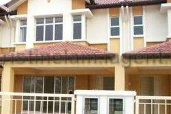 For Sale Terrace at Kemuning Utama Bayu, Kemuning Utama Freehold Semi Furnished 3R/2B 780k