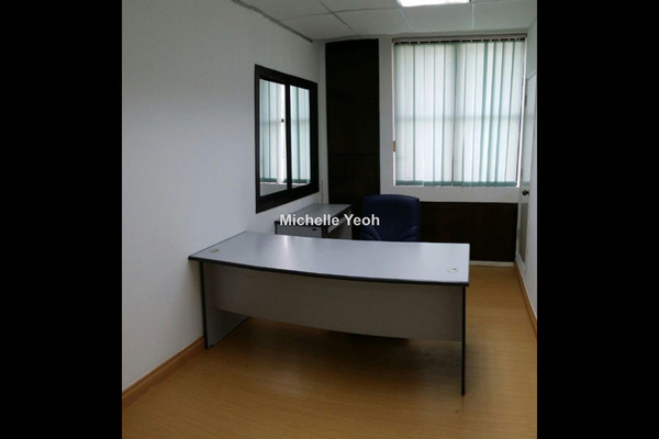 For Sale Office at Plaza Mont Kiara, Mont Kiara Freehold Unfurnished 0R/0B 430k