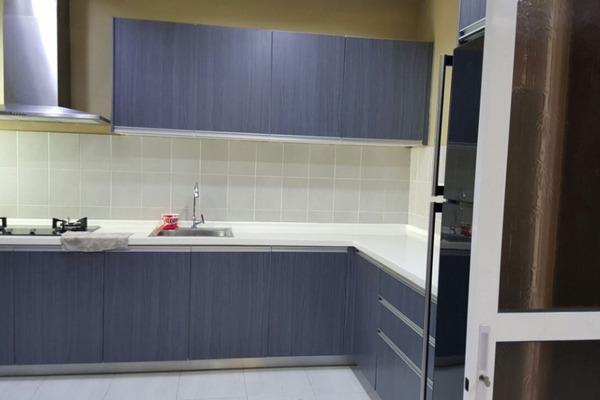 For Sale Condominium at Koi Kinrara, Bandar Puchong Jaya Freehold Fully Furnished 3R/3B 579k