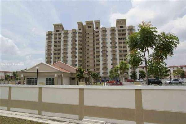 For Rent Apartment at Vistaria, Puchong Freehold Semi Furnished 3R/2B 1.1k