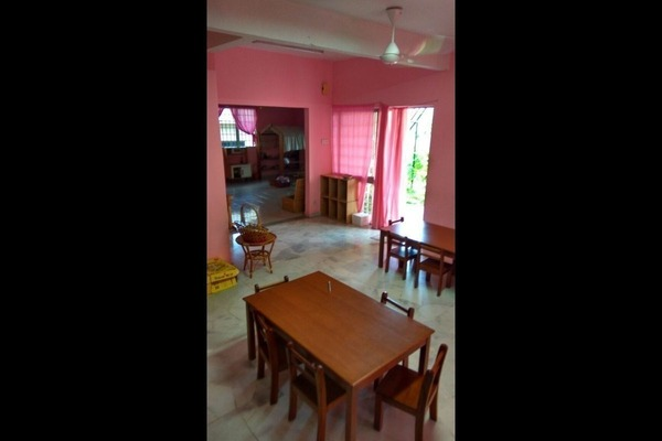 For Rent Terrace at USJ 13, UEP Subang Jaya Freehold Unfurnished 4R/3B 2.26k