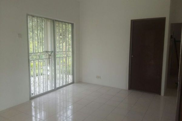For Rent Terrace at Taman Putra Perdana, Puchong Leasehold Semi Furnished 5R/3B 1.5k