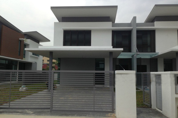 For Sale Semi-Detached at Section 7, Shah Alam Leasehold Unfurnished 5R/4B 1.65m