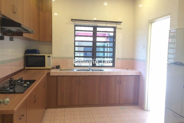 For Rent Semi-Detached at Meru Valley EcoVillage, Ipoh Leasehold Semi Furnished 5R/5B 3.5k