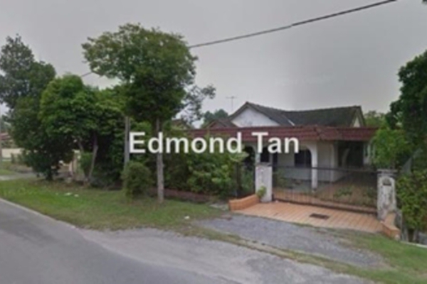 For Sale Bungalow at Taman Canning, Ipoh Leasehold Semi Furnished 5R/3B 1m