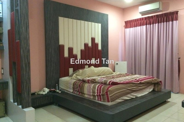 For Sale Terrace at Bandar Cyber, Ipoh Leasehold Semi Furnished 4R/4B 400k