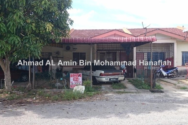 For Sale Terrace at Taman Iskandar Perdana, Seri Iskandar Leasehold Unfurnished 3R/2B 118k