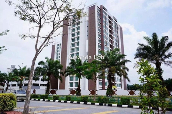 For Sale Apartment at Bandar Seri Botani, Ipoh  Semi Furnished 3R/2B 298k
