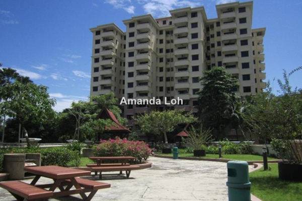 For Rent Apartment at Meru Valley Golf and Country Club, Ipoh Freehold Semi Furnished 2R/2B 1.7k