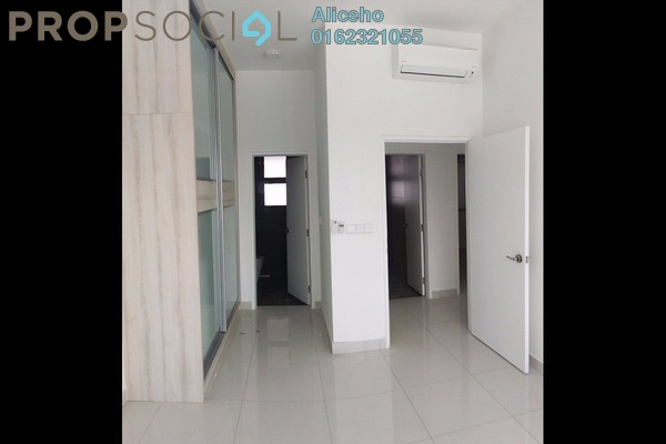 For Rent Condominium at 8 Kinrara, Bandar Kinrara Freehold Semi Furnished 3R/2B 2.3k