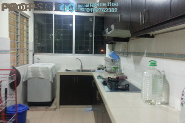 For Rent Apartment at Puchong Hartamas, Puchong Freehold Semi Furnished 3R/2B 1k
