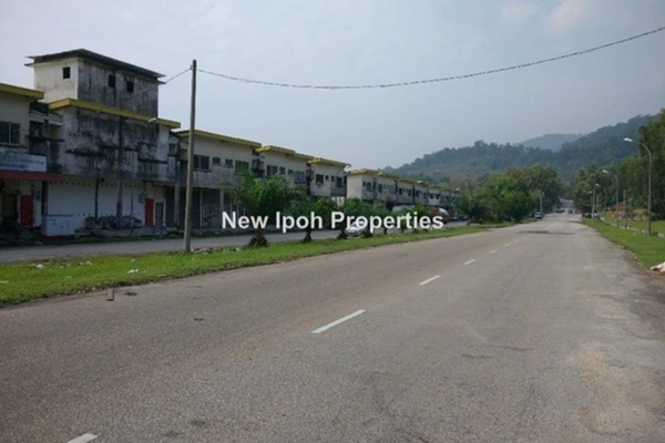 For Sale Factory at Jelapang Triangle, Ipoh Leasehold Unfurnished 0R/2B 188k