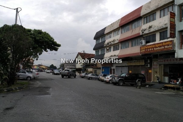For Rent Shop at Taman Hoover, Ipoh Leasehold Unfurnished 0R/2B 1.7k